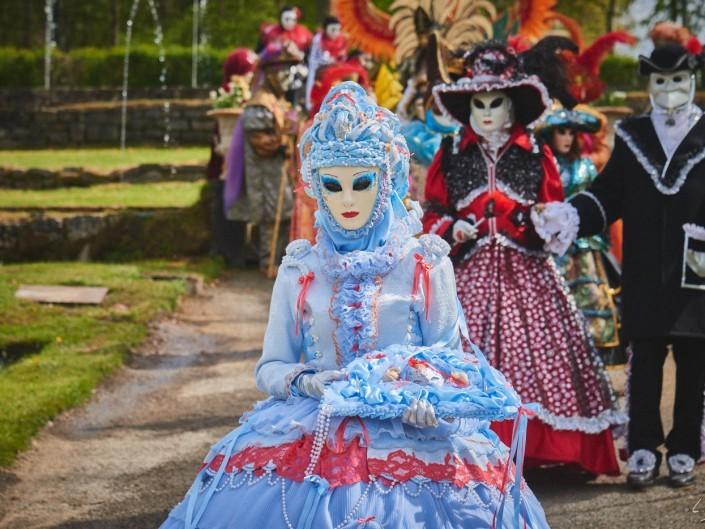 Les costumes de Venie aux jardins d'annevoie 2017 – 120 mm – Les costumes de Venise aux jardins d annevoie 2017 NIKON D800E 120 mm 6.32035 – avr. 30 2017 – NIKON D800E