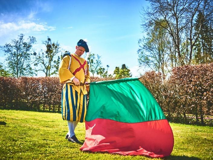les alfers namurois aux jardins d'annevoie 2017 – 38 mm – Les costumes de Venise aux jardins d annevoie 2017 NIKON D800E 38 mm 42884 – avr. 30 2017 – NIKON D800E